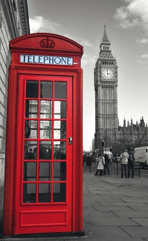 La storia in breve della cabina telefonica for Cabina telefonica inglese arredamento