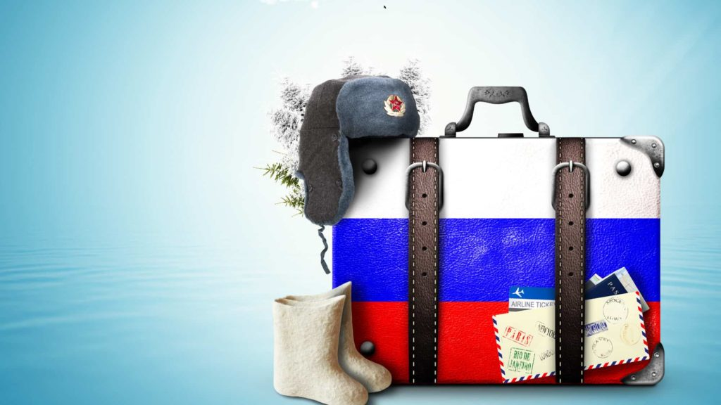 Valigia con sopra bandiera russa